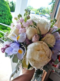 bridal bouquet for Kim in shades of cream and purples