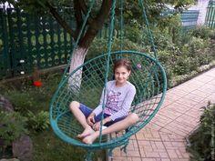 Купить Кресло-гамак - тёмно-зелёный, темно-синий, красный, белый, обруч, полиамидная нить Macrame Hanging Chair, Macrame Chairs, Macrame Plant Hangers, Crochet Hammock, Circle Chair, Diy Swing, Backyard Ideas For Small Yards, Outdoor Hammock, Diy Chair