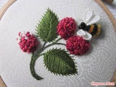 Bee and berries stumpwork - NEEDLEWORK - This was stitched for the marvellous miknessevie in the IYP swap. She said she would like some embroidery, so I decided it had to be stumpwork It is a Silk Ribbon Embroidery, Crewel Embroidery, Cross Stitch Embroidery, Pach Aplique, Embroidery Designs, Brazilian Embroidery, Ribbon Work, Embroidery Techniques, Diy Gifts