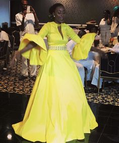 Sal African Inspired Fashion, African Print Fashion, Africa Fashion, African Fashion Dresses, African Attire, African Wear, African Women, African Dress, Beautiful Long Dresses