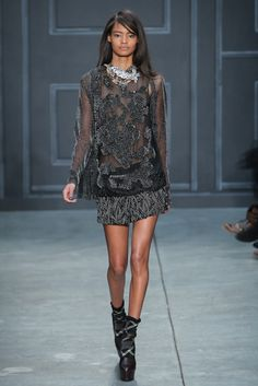 Vera Wang RTW Fall 2014 - Slideshow - Runway, Fashion Week, Fashion Shows, Reviews and Fashion Images - WWD.com