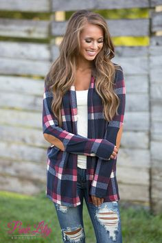 From drinking hot chocolate and apple cider with friends to finding the perfect pumpkin in the patch, you're going to love wearing this gorgeous plaid cardigan all season long!