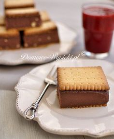 semolina pie -deser z kasza manna Kinds Of Desserts, Polish Recipes, Polish Food, Food Humor, Funny Food, Healthy Sweets, Sweet Recipes, Cupcake Cakes, Bakery