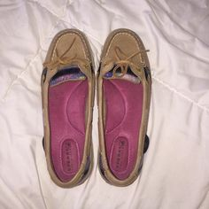 Gently Used Sperrys They were gently used. Have a paid on the side with sequins over it. Sperry Top-Sider Shoes Flats & Loafers