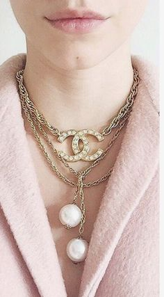 Check out this Gorgeous chanel designer clothing Bracelet Chanel, Chanel Jewelry, Pearl Jewelry, Pearl Necklace, Jewellery, Rhinestone Necklace, Pearl Pendant, Pendant Necklace, Coco Chanel