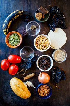 Mole Poblano is a rich Mexican sauce. This recipe will show you how to make mole poblano step by step in an easy uncomplicated way Yummy Pasta Recipes, Appetizer Recipes, Vegan Recipes, Cooking Recipes, Kabob Recipes, Mole Poblano Recipe, Mole Recipe, Vegan Foods, Vegan Dishes