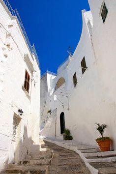 Andalucia? Marocco? No! Semplicemente... Ostuni, Puglia! via @CicloturismoPuglia #buonadomenica