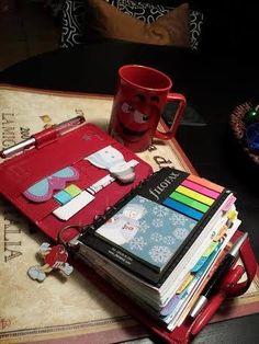 Blog Planner, Erin Condren Life Planner, Planner Pages, Planning And Organizing, Planner Organization, Journaling, Life Binder, Ideas Para Organizar, Cool Notebooks