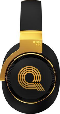 AKG's headphones feature new sound customisation tech and have been designed with the help of legendary producer Quincey Jones. Sennheiser Headphones, Bluetooth Headphones, Batterie Portable, Journal Du Geek, Best In Ear Headphones, Quincy Jones, Noise Cancelling Headphones, Audio System, Headset
