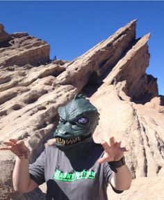 Even the Gorn dig Haunt Nation. And yes this was taken at the actual site of the fight between Captain Kirk and the Gorn Captain in Star Trek...Vasquez Rocks in California. THANKS to Velvet Rogers for sending this in.