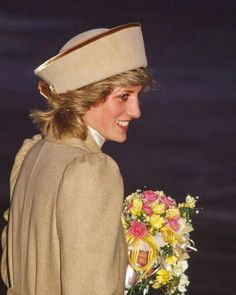 Princess Diana Quotes, Princess Diana Pictures, Spencer Family, Lady Diana Spencer, Royal Princess, Princess Of Wales, Duchess Kate, Duchess Of Cambridge, East Midlands Airport