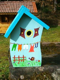 Laundry Birdhouse