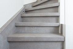 Beton grijs, de nieuwe trend in traprenovatie - Stairz Trap Renovatie - de specialist in trap renovatie