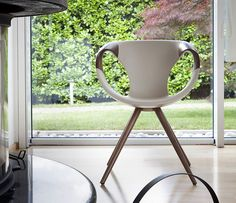 UP 917 by Martin Ballendat - Contemporary chair / with armrests / upholstered / fabric by TONON