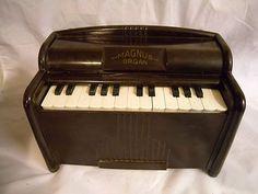 Antique Child's Musical Toy, MAGNUS ORGAN, Works, Bakelite, 30's or 40's