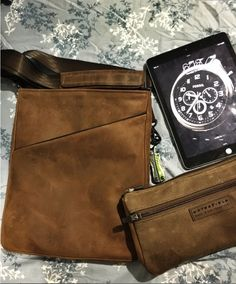 Indy bag and Padded Gear Pouch | WaterField Designs | https://www.sfbags.com/products/indy-leather-bag
