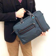 Cartella Piquadro Spedizione gratuita  Info: WhatsApp 329.0010906 #manlioboutique #work #bags