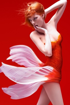 """This hot red head girl makes a sexy mermaid. Was the goldfish gene on the hot model's Mother's side? The Ariel wanna-be looks to be playing in a skin-a-max version of the Disney classic, """"Little Mermaid"""". Costume Poisson, Mode Costume, Nemo Costume, 3d Girl, Fantasy Women, Photo Manipulation, Belle Photo, The Little Mermaid, Redheads"""
