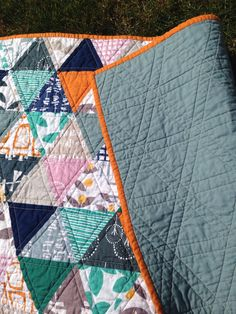 Glimma equilateral triangle quilt