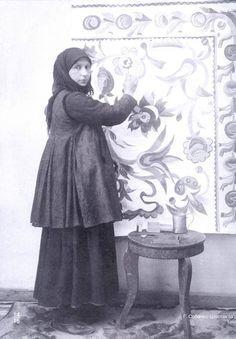 1883, 15 грудня – у селі Скопці на Полтавщині (нині – Київщина) народилася Ганна Собачко-Шостак, художниця, майстриня декоративного розпису.