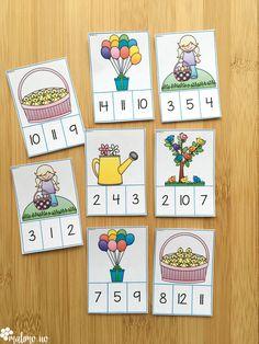 Klypekort-oppleggene som tilhører samlepakken for matematikk 1 er alle like av innhold, og er knyttet til begynneropplæringen. Kortene er begrenset til tallområde 1-20. Oppgavesettene er likt utformet og består av addisjons- og subtraksjonsoppgaver 1-20, telling/mengde og bildekort med og uten tallord.Fasiten på baksiden gir elevene en tommel opp dersom de har plassert klypen på riktig svar. Dette gjør aktiviteten selvrettende. Easter, Activities, Holiday, Fun, Blog, Crafts, Fin Fun, Vacations, Holidays
