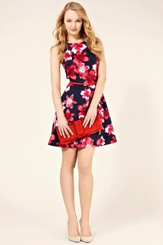 Oasis dress. Not a fan of the print, but I love the style of dress. :D