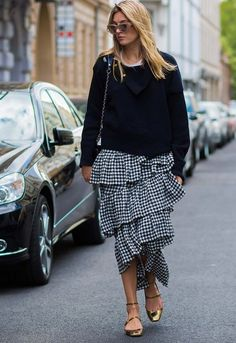 Gingham ruffled skirt