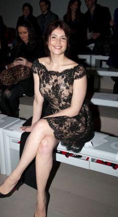 Gemma Christina Arterton, Gemma Arterton, Beautiful Celebrities, Beautiful Actresses, Beautiful Legs, Gorgeous Women, Sexy Older Women, Sexy Women, Little Girl Models