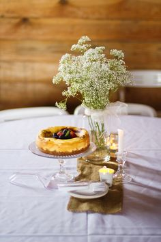 Kate Jennings Photography: Simple Center Pieces with homemade creme brulee cheesecake