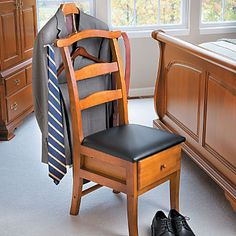 Valet Chair. Not all men put their pants on the same way.