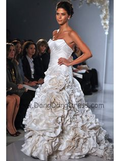 Pnina tornai 2012 style 4137. Gorgeous but so expensive