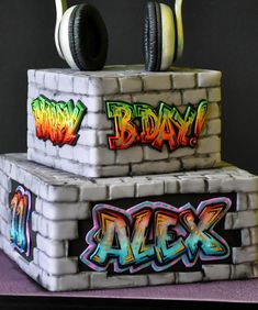 18th Birthday Cake For Guys, 2nd Birthday Party For Boys, Second Birthday Ideas, 90th Birthday Parties, Toy Story Cake Toppers, Toy Story Cakes, Graffiti, Bar Mitzvah Party, Hip Hop Party