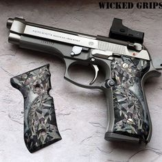 Custom Beretta 92FS grips Find our speedloader now! http://www.amazon.com/shops/raeind