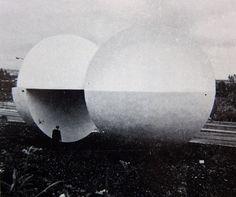 Escultura 'Sol' por Kioshi Takahashi, Estación N º 4, Ruta de la Amistad, Juegos Olímpicos de Verano, Ciudad de México  1968 -  'Sun' by Kioshi Takahashi  Station No. 4, Route of Friendship,  Summer Olympics, Mexico CIty 1968