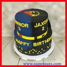 Batman vs Superman themed birthday cake.