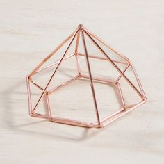 We love MUSE's Millennium Star ornaments - their angular geometric shape and on-trend colours add the perfect finishing touch to your décor. These chic little stars look amazing on desks, coffee and side tables or even as hanging decorations!