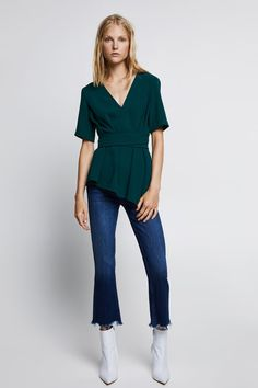 There is also matching green culottes for this top! Also comes in black