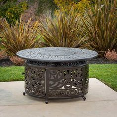 Colorado Gas Fire Table with LP Tank Enclosure Round Fire Pit Table, Gas Fire Pit Table, Fire Pit Patio, Fire Pit Furniture, Patio Furniture Sets, Furniture Ideas, Industrial Fire Pits, Cheap Outdoor Fire Pit, Fire Pit Chat Set