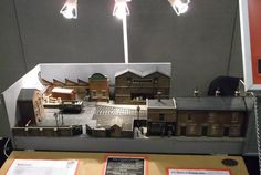 "Reely Grate | ""The Reely Grate Manufacturing Company is an 0 gauge micro layout depicting a small yard serving the manufacturing company. It occupies a space of less than a square metre and demonstrates that you don't need acres of room to enjoy 0 gauge…"" 
