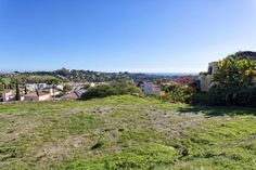 Plot/Land for Sale in El Paraiso, Estepona   https://www.crystalshore-properties.com/en/listing/spain/estepona/el-paraiso/plot/4313/