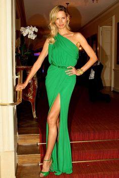 Karolina Kurkova dress at GALA SPA Awards. Green chiffon one shoulder prom dress with side slit skirt.