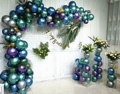 This Metallic Chrome Latex Balloon Garland Balloon Chain Baby Shower Decor Birthday Wedding Party Anniversary is just one of the custom, handmade pieces you'll find in our balloons shops. Balloon Backdrop, Balloon Columns, Balloon Garland, Balloon Centerpieces, Balloon Decorations Without Helium, Balloon Ideas, Metallic Balloons, Latex Balloons, Birthday Decorations