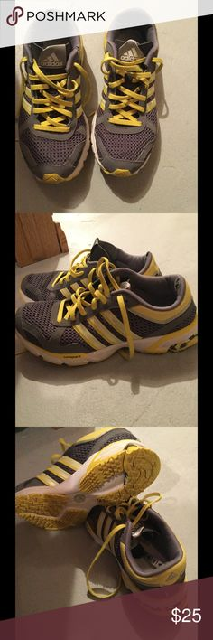 Adidas jogging shoes Cute little yellow and gray Adidas marathon jogging shoes in good used condition still have lots of life left on them if you have any questions please feel free to ask thank you for looking and happy poshing Adidas Shoes Athletic Shoes