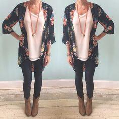 Kimono, leggings, ankle boots