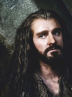 even though he lost his mind....i still love Uncle Thorin just as much, there is no way I can dislike him