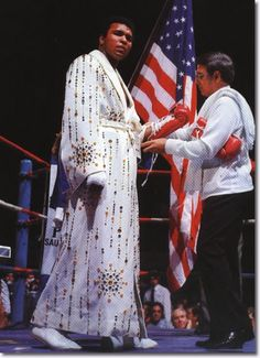 Muhammad Ali wearing the robe given by Elvis before his fight with Ken Norton on March at the Sports Arena, San Diego, California. - Muhammad Ali wearing the robe given by Elvis before his fight with Ken Norton on March at the Sports Ar Elvis Presley Facts, Float Like A Butterfly, Boxing Champions, Star Wars, Muhammad Ali, Print Magazine, African American History, History Facts, History Timeline