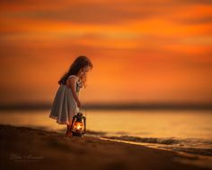 How To Perceive Magic In Your Children's Summer Photos So They'd Never Forget Those Moments Cool Photos, Beautiful Pictures, Cute Kids Photography, Inspiring Photography, Abstract Photography, Color Photography, Photography Photos, Foto Baby, Foto Pose