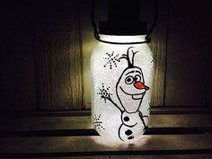 Olaf Snowman Frozen Mason Jar Solar Light by CareBaresCreations Mason Jar Solar Lights, Mason Jar Lighting, Jar Lights, Olaf Snowman, Frosty The Snowmen, Mason Jar Art, Mason Jar Crafts, Painted Wine Bottles, Painted Mason Jars