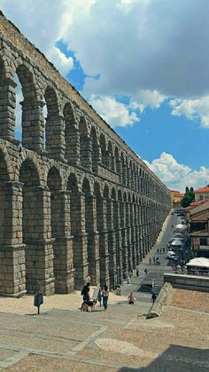 Segovia Spain Travel, France Travel, Travel Usa, Spain Images, Spanish Culture, What A Wonderful World, Travel Abroad, Roman Empire, Wonders Of The World