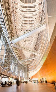 Tokyo International Forum in Japan by Rafael Viñoly Architects